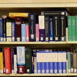Виставка книг видавництва «ЗНАННЯ»